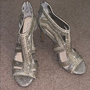 Sparkly, gold pair of Gianni Bini heels